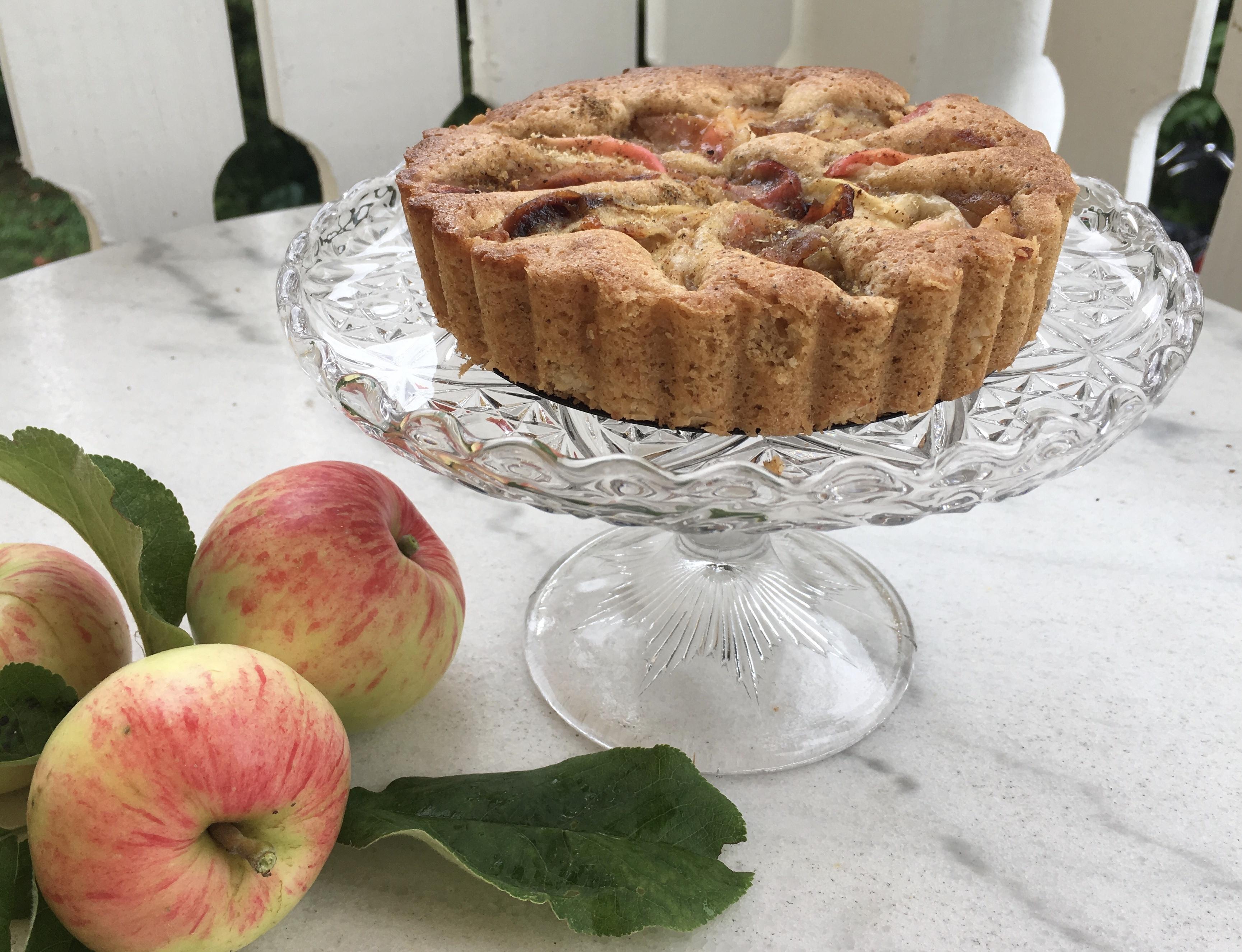 Äppelkaka med kardemumma