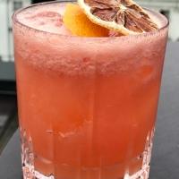 Frisk drink på gin och grapefruktjuice