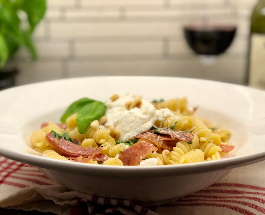 Recept pasta salami ricotta ruccola